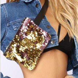 Handbags - Pink & Gold sequin fanny pack